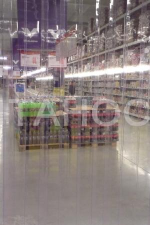 Силиконовые завесы в супермаркетах
