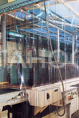 Прозрачная завеса промышленного оборудования